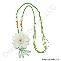 Beautifying Carved Jade Flower Necklace